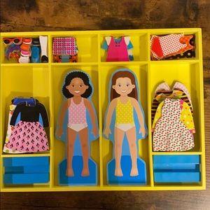 "RARE: Melissa & Doug:""CHLOE & ZOE"" dress up dolls."